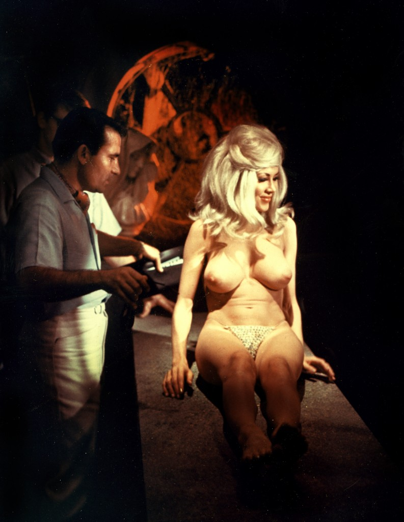 Set of Orgy of the Dead, 1965