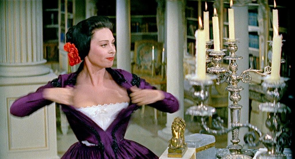 Мартине Карол като Лола в Lola Montès 1955
