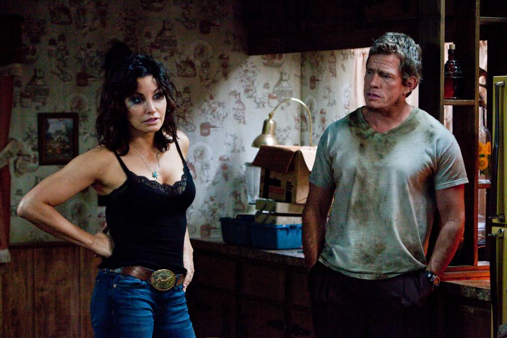 Джина Гершон е убедителна като мащехата-уличница-паразит в Killer Joe 2011 (Убиецът Джо).