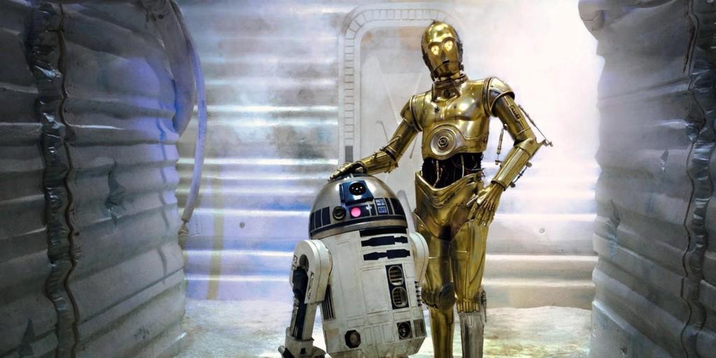 """Star Wars – C-3PO е """"интелектуалец"""", който владее 7 милиона форми на комуникация. Тревожният робот е загубен, без прагматичната част от двойката R2-D2."""