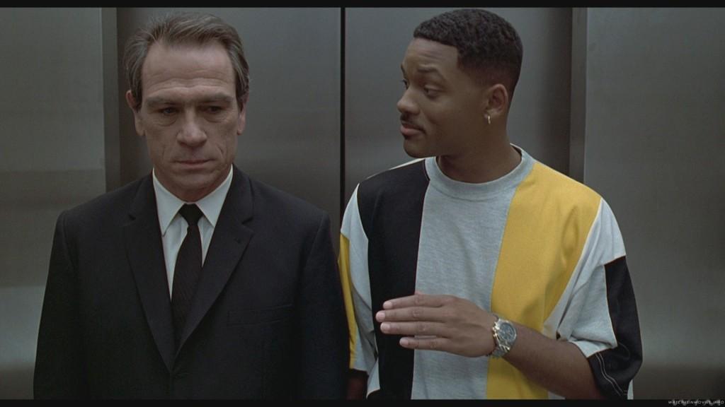 Men in Black 1997 - Агенти J (Уил Смит) и K (Томи Лий Джоунс) са двойка добро ченге-лошо ченге.