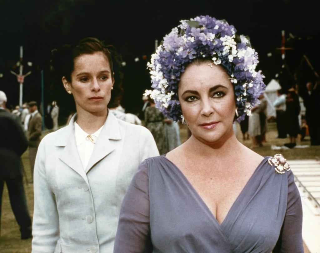 Елизабет Тейлър в The Mirror Crack'd 1980, по романа на Агата Кристи